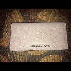 Michael Kors Pearl Gray LG Slim Wallet